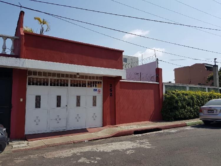 Casa en venta zona 7