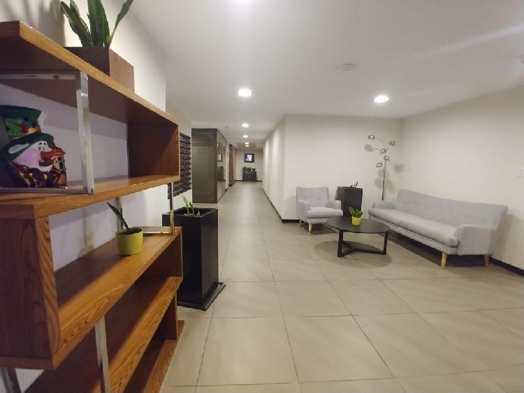 Apartamento de TRES habitaciones en zona 9