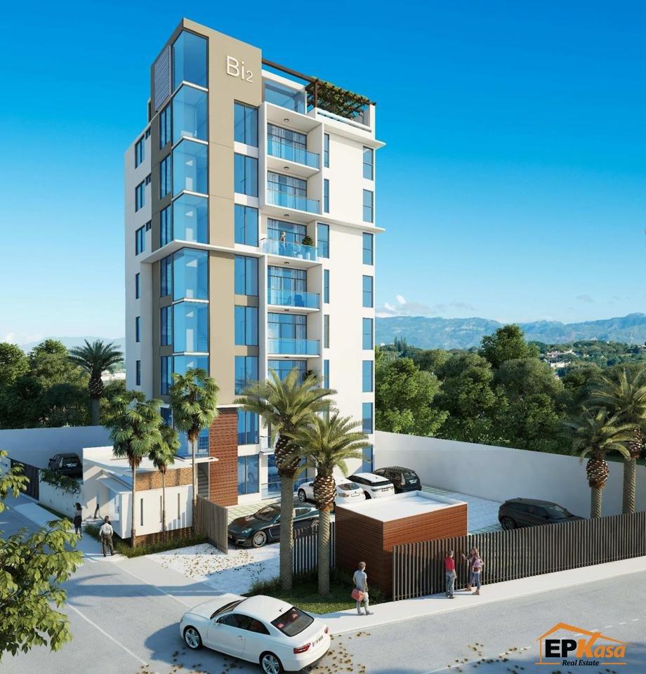 Apartamento con patio en venta en Torre BIVENTTI II