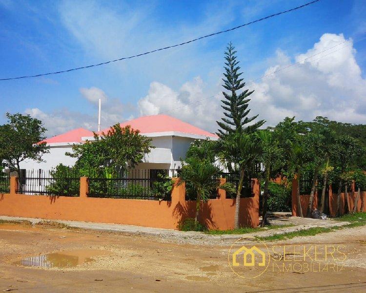 Seekers vende casa en Andrés Boca Chica