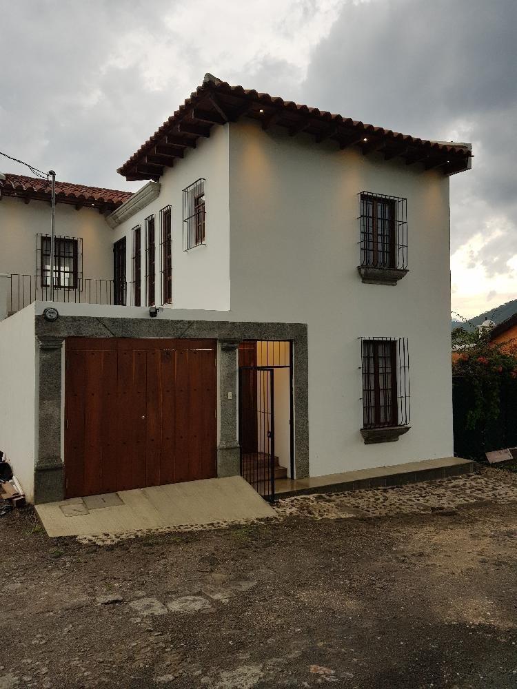 Linda casa en Antigua Guatemala San pedro las Huertas