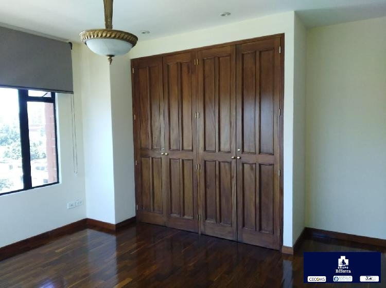 Apartamento de 3 habitaciones en Renta Zona 10