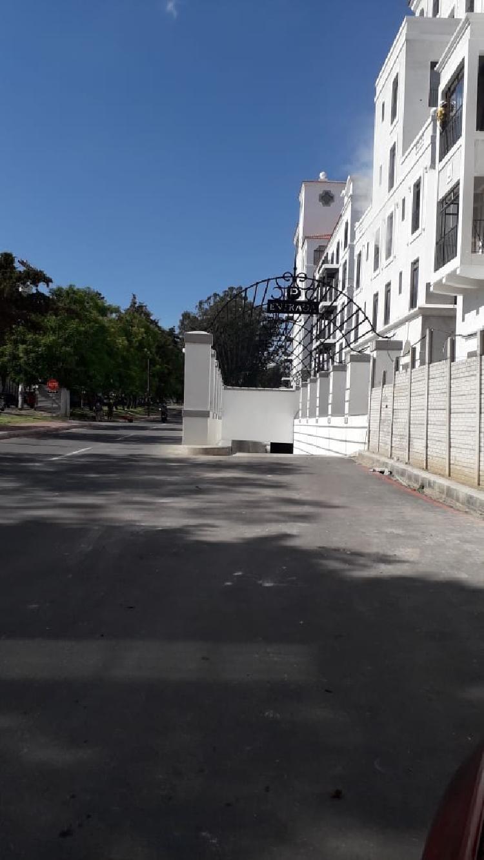 Apartamento Lirios de Cayala en renta AMUEBLADO