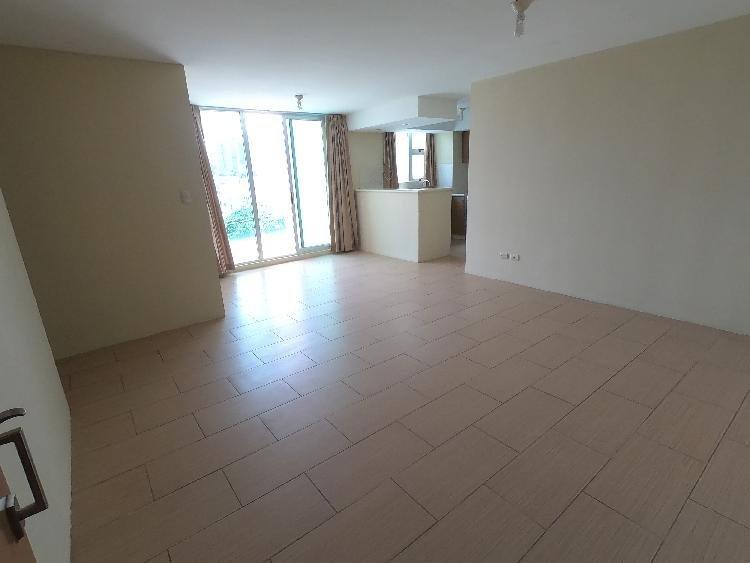Apartamento en renta zona 14 La villa