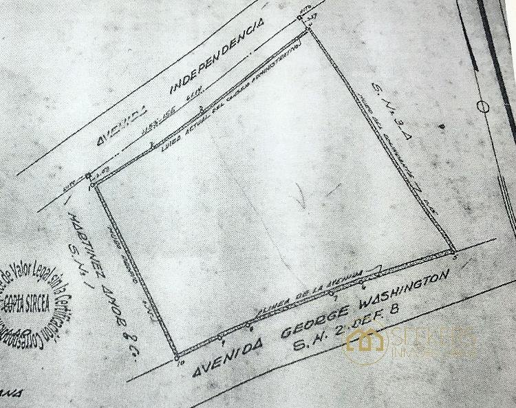 Seekers vende propiedad en el Malecón, 2,756.83 Mts2