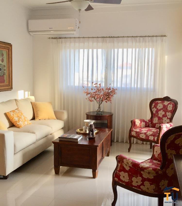 Seekers vende apartamento en Evaristo Morales